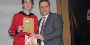 Tatilin resmi zili Koç Ortaokulu'ndan çaldı