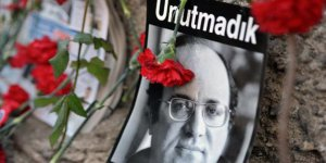 CHP Çayırova gençliği Mumcu'yu anıyor