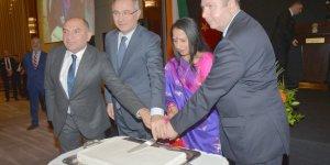 Hindistan'ın kuruluş yıldönümü resepsiyonuna katıldı