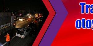 Trafik kazası otoyolu trafiğe kapattı!
