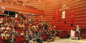 GKM'de konferans düzenlendi