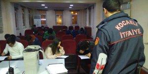 108. dönem Gönüllü itfaiyeciler eğitimde