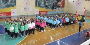 Hentbol Müsabakalarına 358 sporcu katıldı