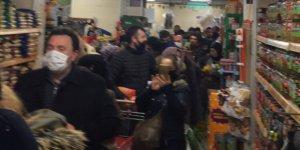 Sokağa çıkma  paniği, binlerce insan marketlere koştu!