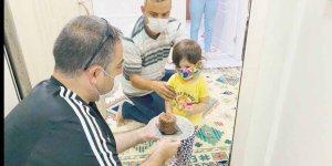 Filyasyon ekibi 2 yaşındaki  Rabia'nın yaş gününü kutladı