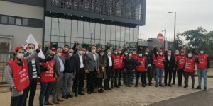CHP'den direnen işçilere destek