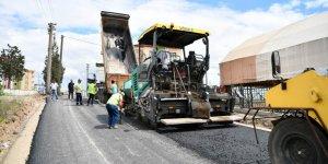 Çayırova'da 15 bin 370 ton asfalt serildi