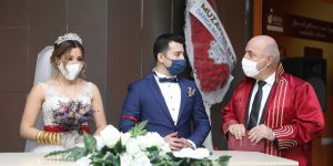 2020 YILINDA:   Darıca'da bin 256 çift evlendi