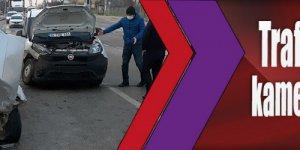 Trafik kazası güvenlik kameralarınca kaydedildi