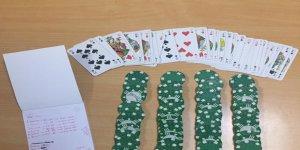 Evde kumar oynayan  19 kişiye para cezası
