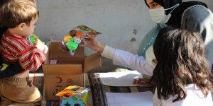 UNICEF VE KIZILAY İŞBİRLİĞİ İLE: Fatih Devlet'ten çocuklara oyuncak kiti