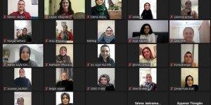 AK Partili kadınlardan online toplantı