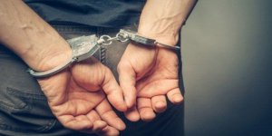 2 otomobil çalan hırsız tutuklandı