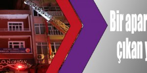 Bir apartmanın çatı katında çıkan yangın söndürüldü