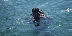 Kocaelili başpehlivan Erkan Ertan güreşemediği günlerde su altını keşfetti