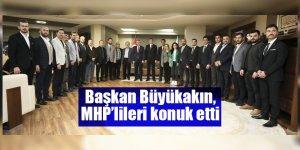Başkan Büyükakın, MHP'lileri konuk etti