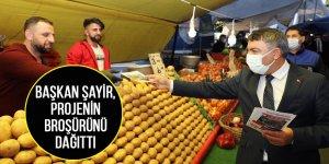 Başkan Şayir, projenin broşürünü dağıttı