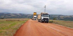 Köy yollarında asfaltlama çalışmaları