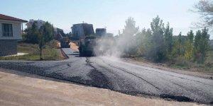 17 Ağustos Caddesi asfaltlanıyor