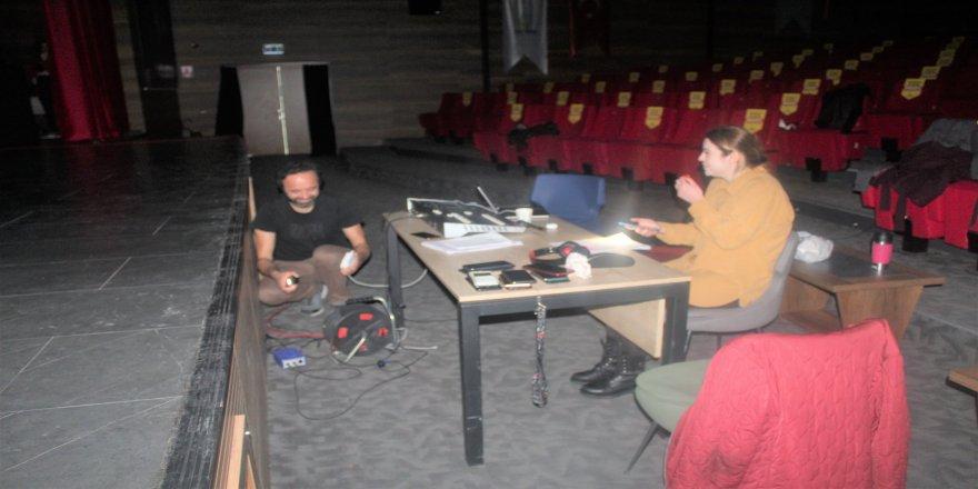 cayirova-genc-tiyatro-4.jpg