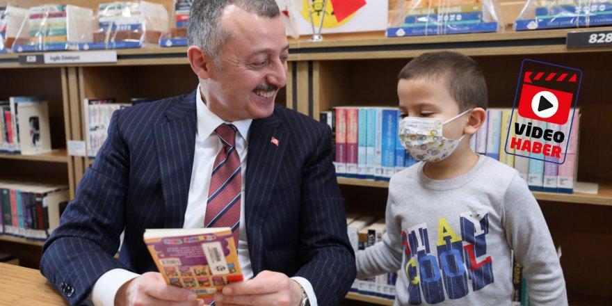 Büyükakın  en çok kitap  okuyanlarla buluştu